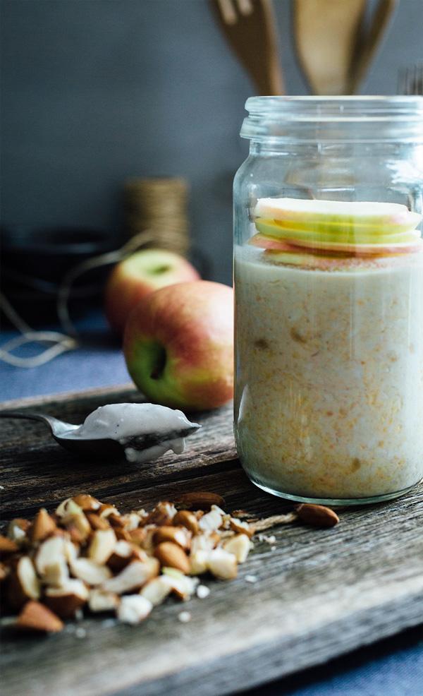peanut butter apple oats jar 3
