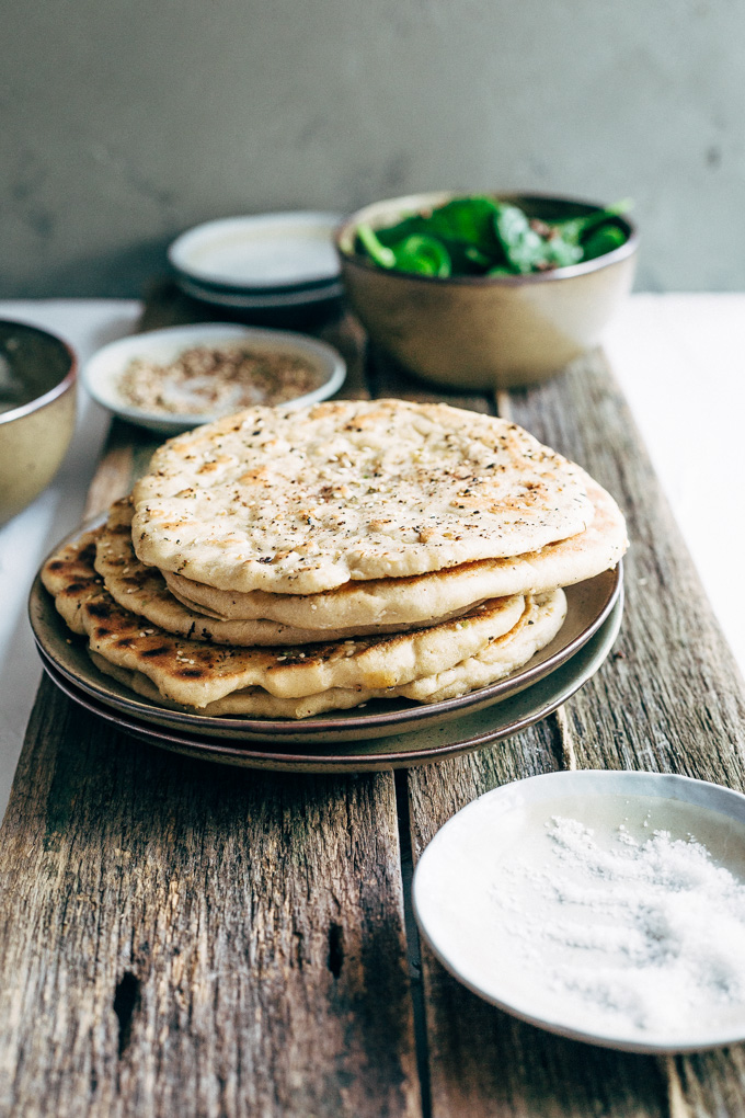 Easy za'atar spiced vegan pizzas are a flavourful yet light alternative to regular pizzas. These spiced rounds make a perfect light meal.