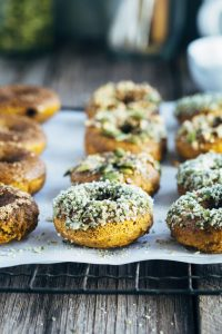 sneaky pumkin spiced baked doughnuts 3