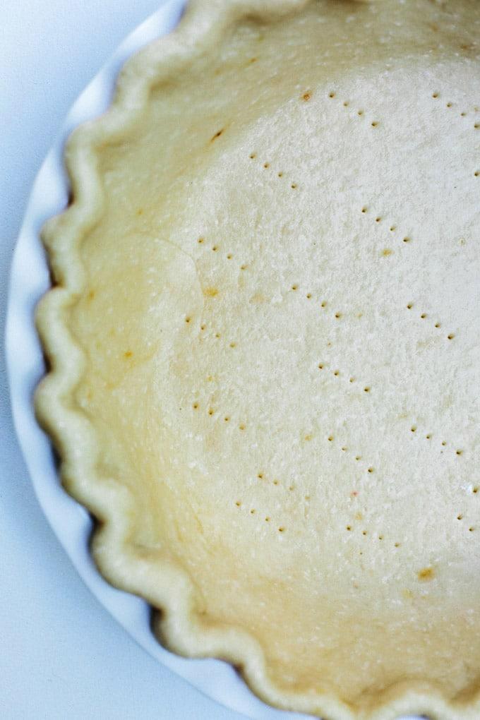 vegan banana coconut cream pie 4