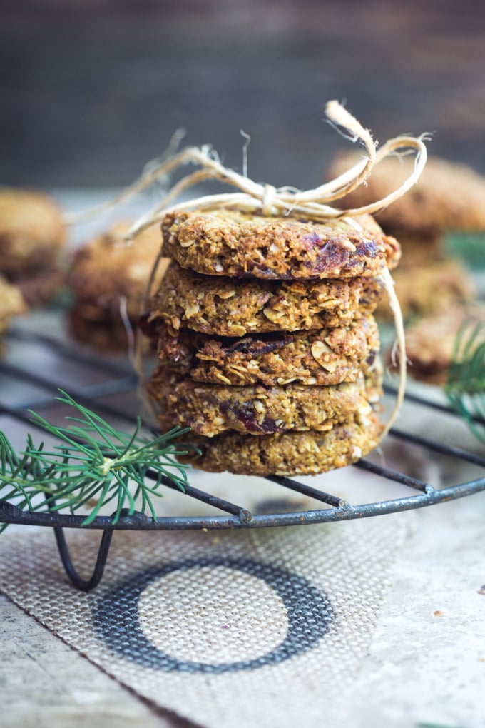oatmeal-date-and-pecan-cookies-2