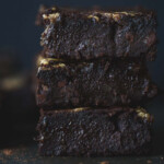 A front on image of a stack of brownies.