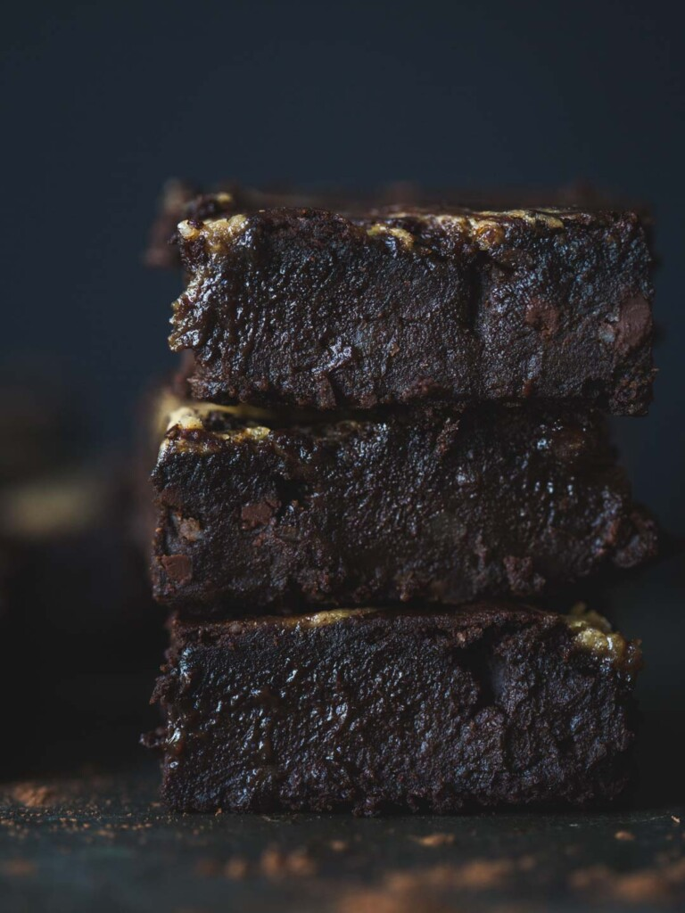 Gooey, rich, chocolatey and wonderfully wicked, these vegan Tahini Caramel Black Bean Brownies have revolutionised my brownie game.