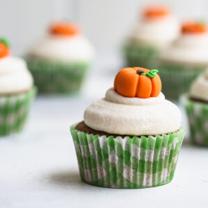Close cropped image of cupcakes